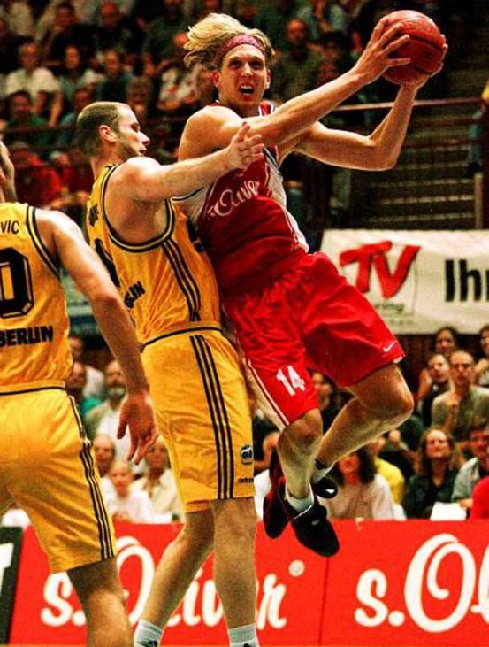Dirk Nowitzki Basketball Würzburg