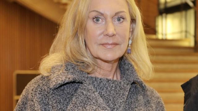 Doris J. Heinze