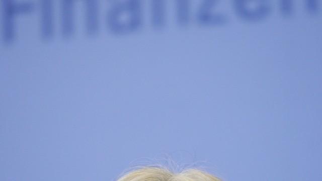 Bundesregierung noch nicht entschieden fuer Lagarde