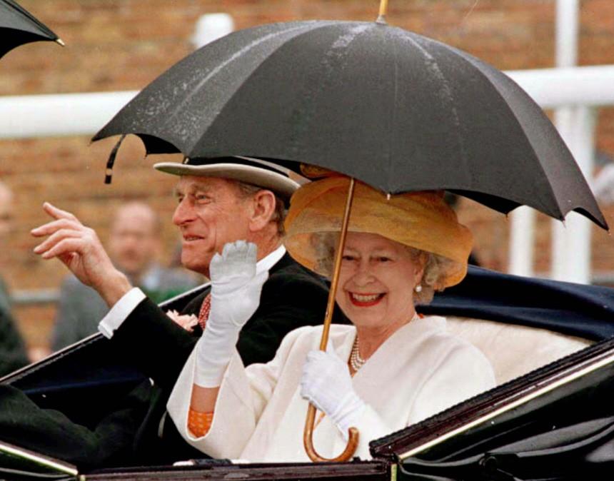 Königin Elisabeth II. und Prinz Philip in Ascot, 1997