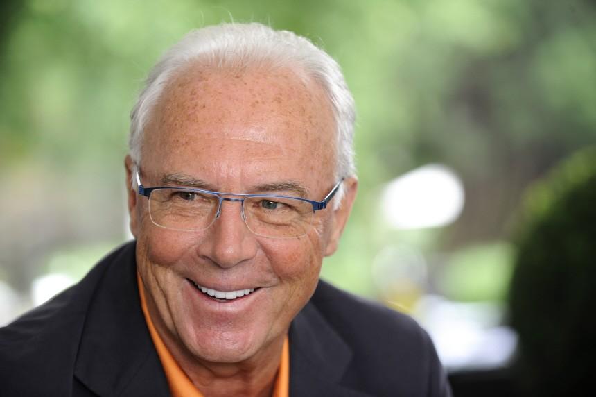 Franz Beckenbauer hebt das deutsche Team auf eine Stufe mit Welt- und Europameister Spanien