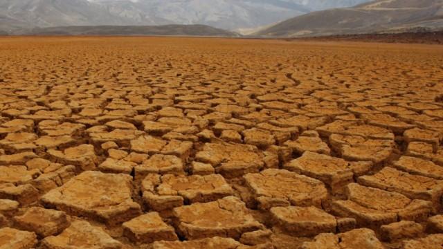 Dürre in Bolivien - Wasserspeicher nahezu ausgetrocknet