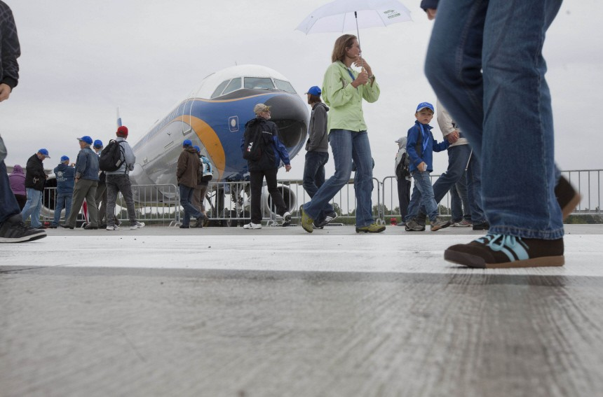 Fraport feiert mit Volksfest neue Landebah