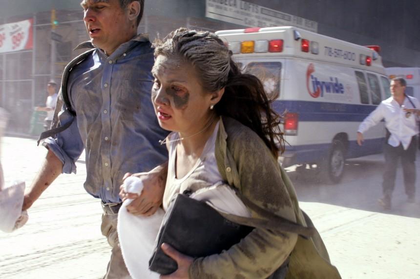 Fliehende Menschen nach dem Anschlag auf das WTC, 2001