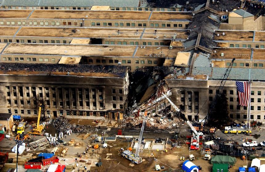 Pentagon nach dem Anschlag am 11.09.2001