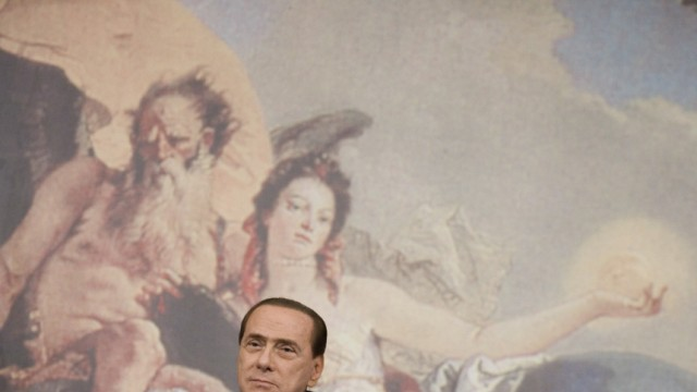 Italian Prime Minister Silvio Berlusconi and Finance minister Giu