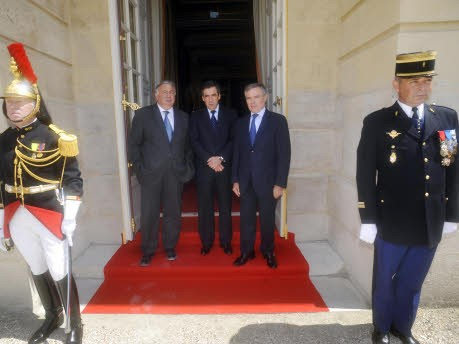 Der kleine Mann im großen Schloss, Nicolas Sarkozy in Versailles; AFP