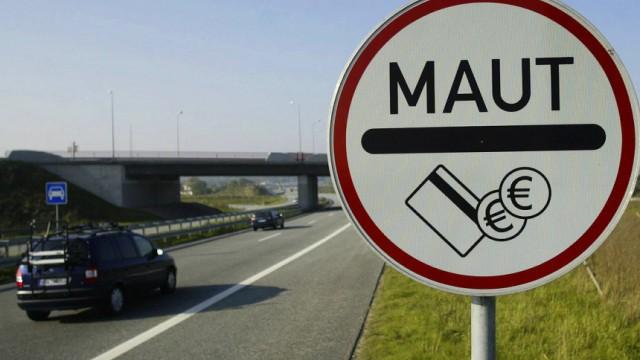 CSU-Generalsekretaer Dobrindt fordert Pkw-Maut