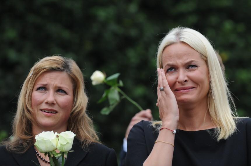 Norway attacks - Mette-Marit and Märtha Louise