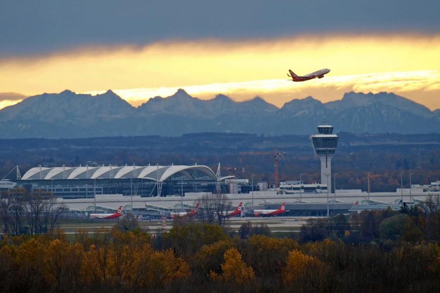 Gruenes Licht fuer dritte Startbahn am Muenchner Flughafen
