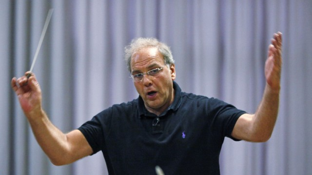Paternostro conducts the Israel Chamber Orchestra during a rehearsal in Bayreuth