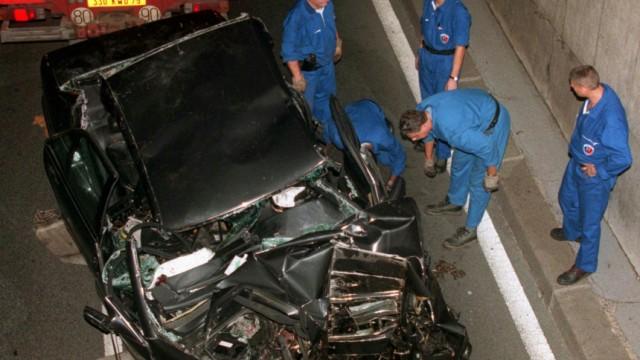 Wrack des Unfallwagens von Prinzessin Diana, 1997