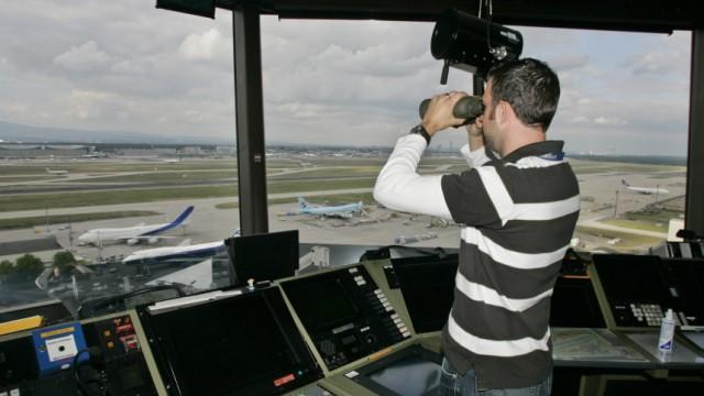 Gerichtsverhandlung ueber Fluglotsenstreik
