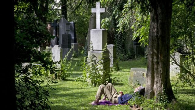 Erholung auf dem Friedhof