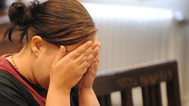 Kinder zurückgelassen - Mutter vor Gericht