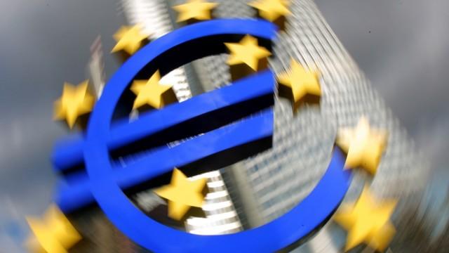 EZB kauft Staatsanleihen in Rekordhöhe