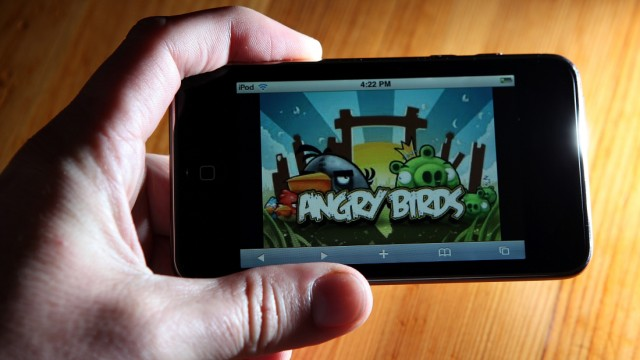 ANGRY BIRDS PLOT GLOBAL DOMINATION