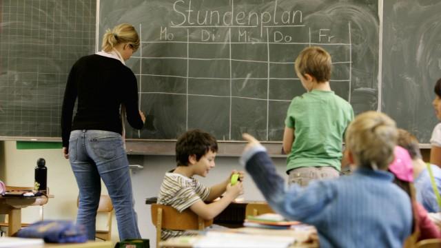 Kinderdienst: In Deutschland fehlen bis zu 40.000 Lehrer