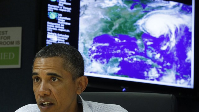 U.S. President Obama speaks about Hurricane Irene during visit to National Response Coordination Center at FEMA Headquarters in Washington