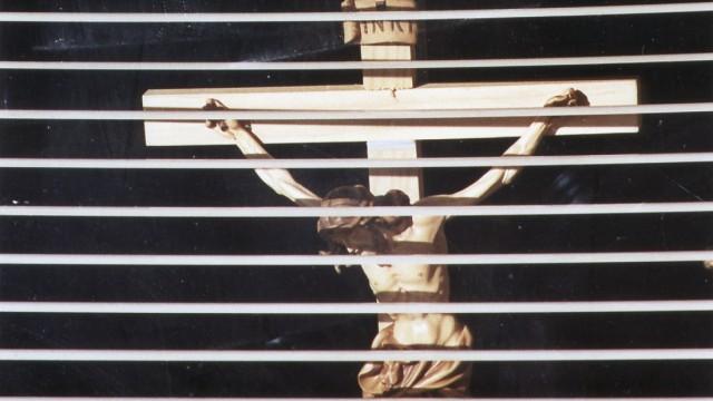 Kruzifix, 2004