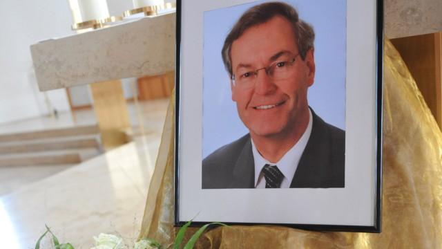 Trauer um Landrat Heinz Wölfl