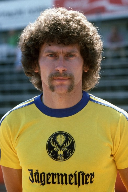 Paul Breitner im Trikot der Eintracht Braunschweig, 1977