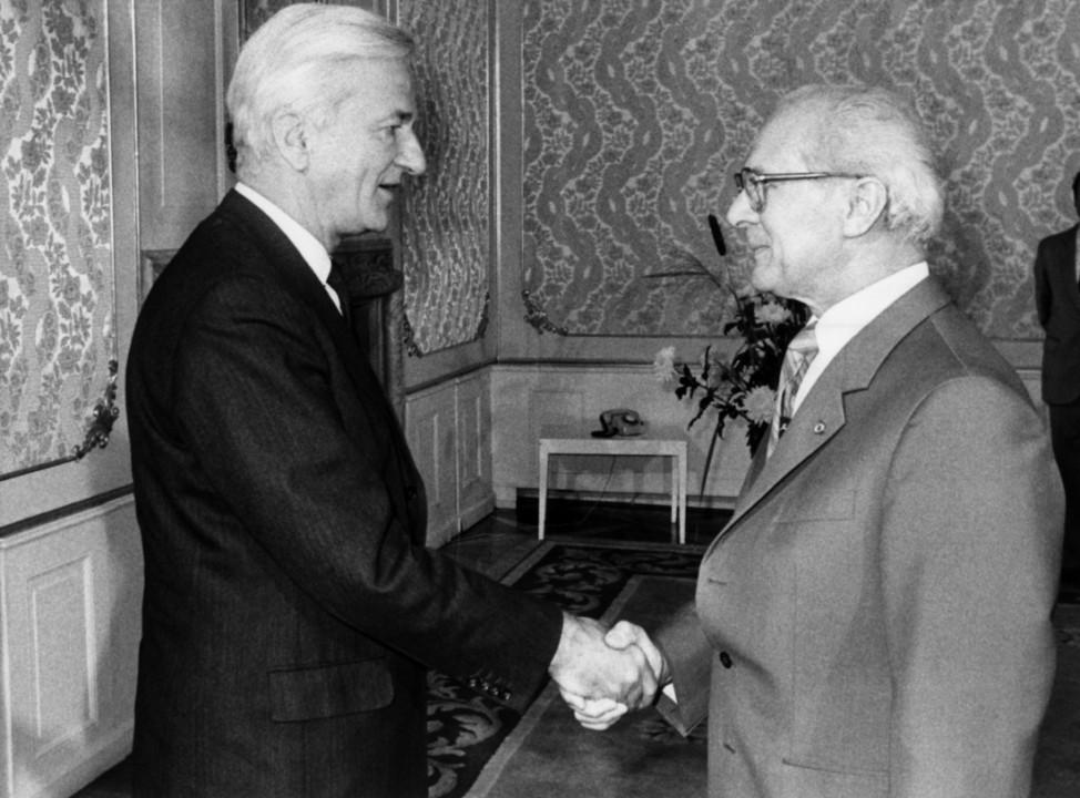 Richard von Weizsäcker & Erich Honecker