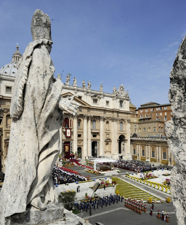 Easter Holy Mass at the Vatican