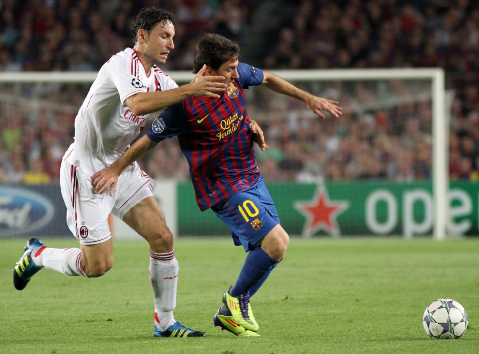 Lionel Messi, Mark Van Bommel