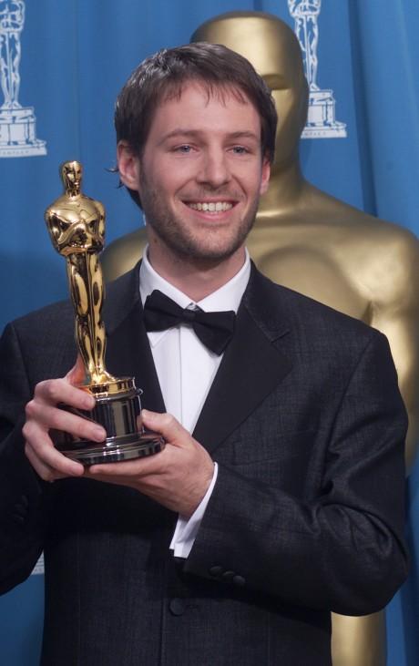 Florian Gallenberger mit seinem Oscar, 2001