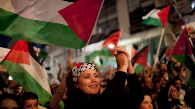 Jubel über UN-Antrag von Abbas: Ramallah feiert den Auftritt des palästinensischen Präsidenten Abbas in New York.