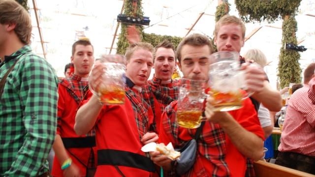 Betrunken oktoberfest Franconian and