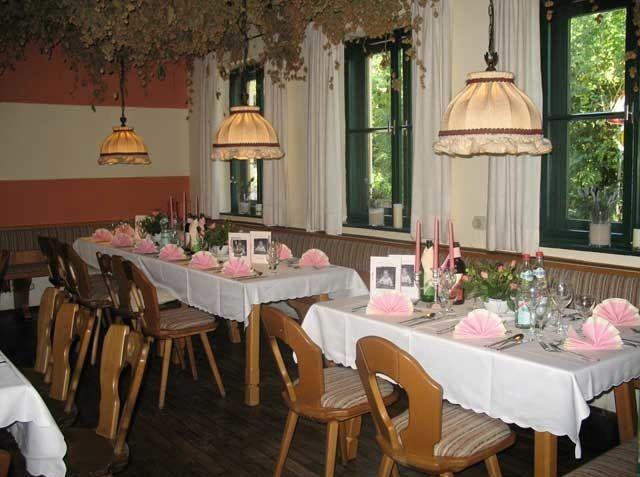 Ausflugsziele in Bayern, Schlossgaststätte Unterelkofen, Grafing
