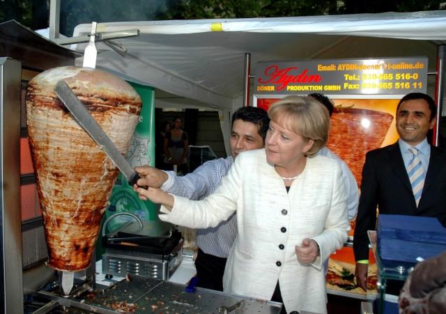 Wirbel um Döner-Werbung mit Merkel in Ukraine
