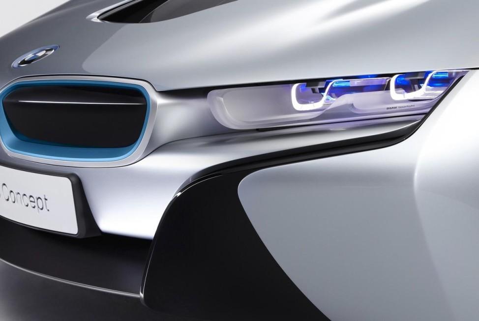 Nachtaufklärer BMW i8 Concept Laser