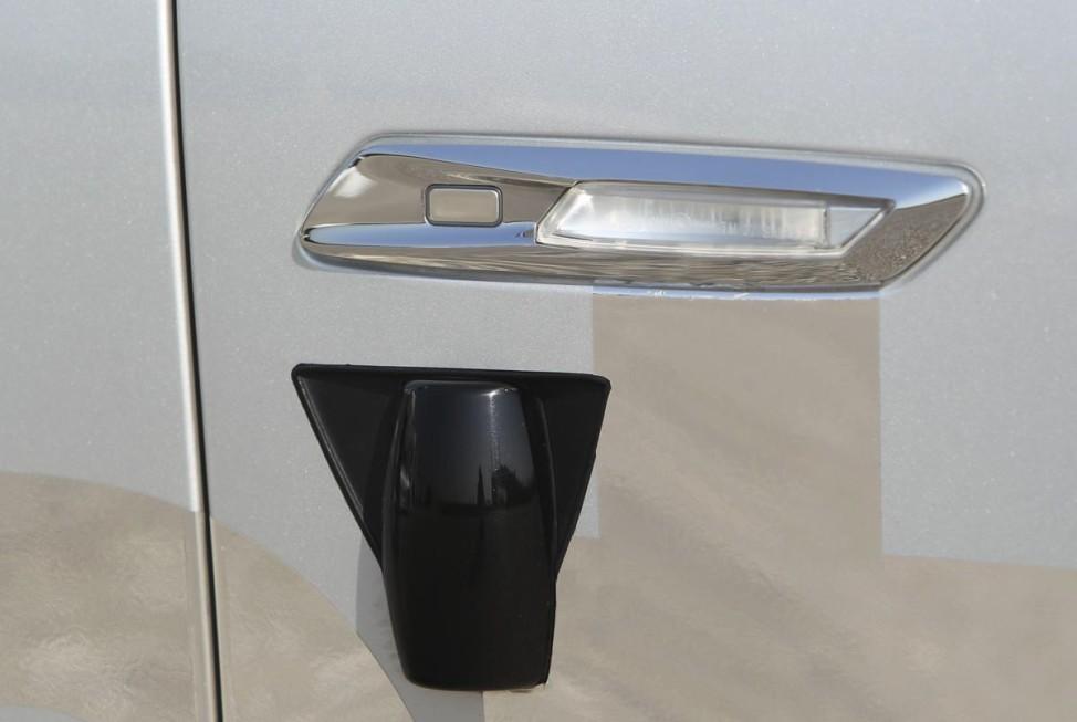 Nachtaufklärer Nachtaufklärer Laserscanner: Seitenabstand- und Spurhalteassistent BMW