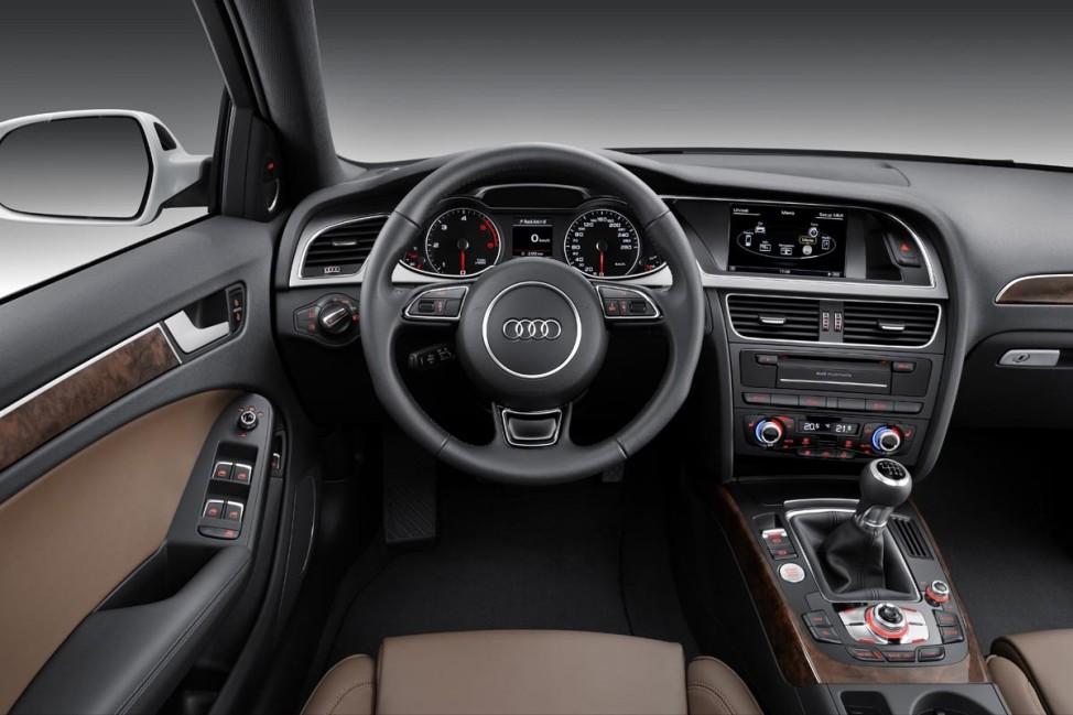 Audi A4 S4 Allrad quattro Innenraum