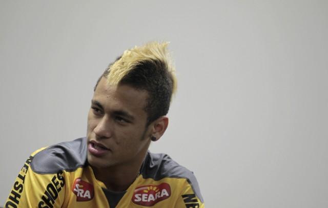 Neymar, Elano