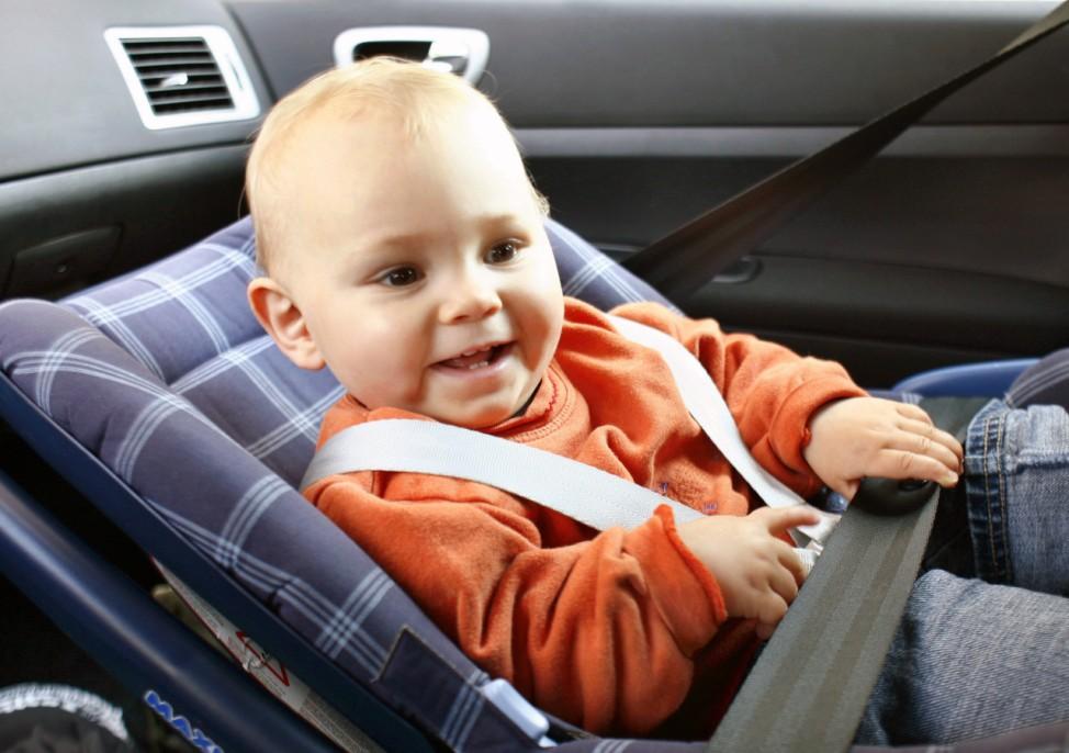 Kindersitze, Auto, Test, Stiftung Warentest, ADAC