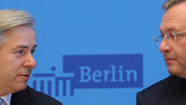 Pressekonferenz Wowereit und Henkel