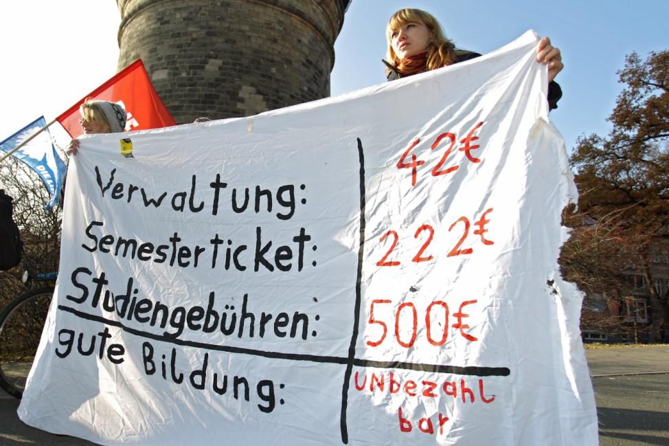 Schüler und Studenten im 'Bildungsstreik'