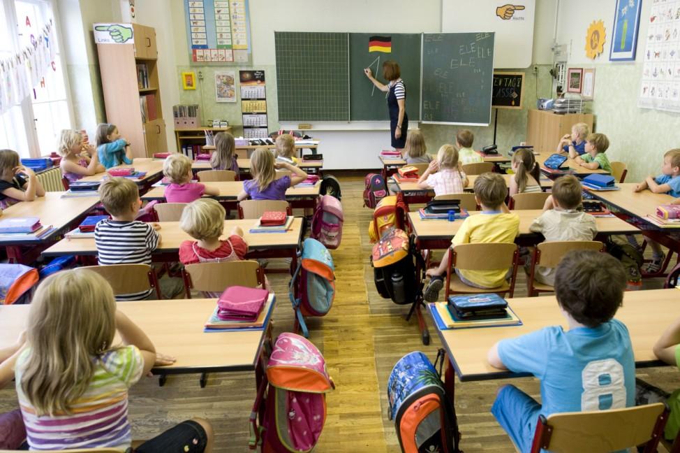 Zahl der Schulanfaenger im Jahr 2011 leicht angestiegen