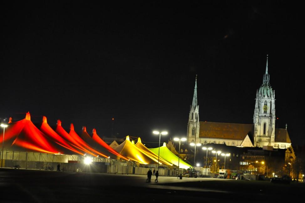 Tollwood, Winter-Tollwood, München, Theresienwiese, Weihnachtsmarkt, Christkindlmarkt