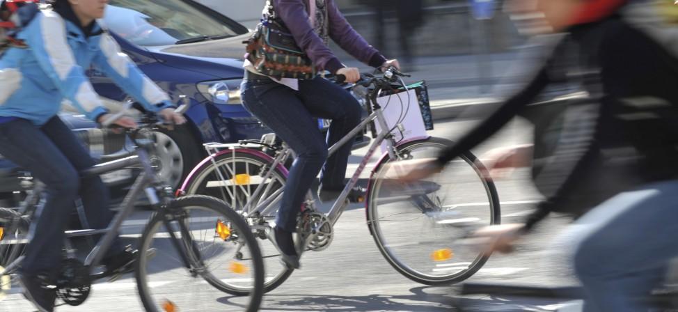 ADFC-Studie: Radfahrer meist ohne Helm unterwegs