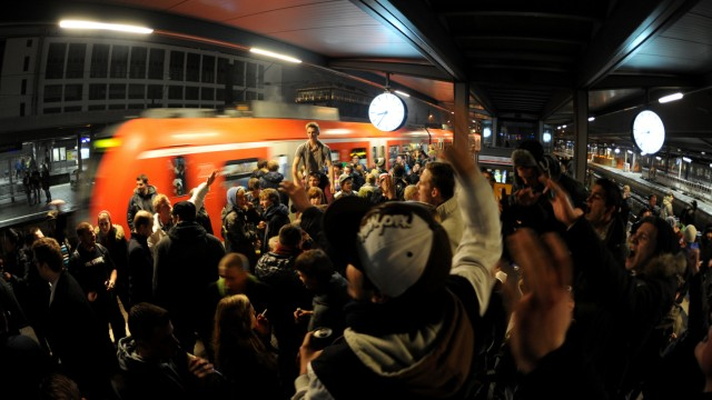 Alkohol-Party in Münchner S-Bahnen