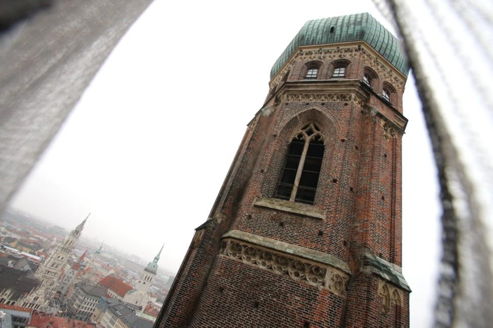 Renovierung des Münchner Doms, 2009