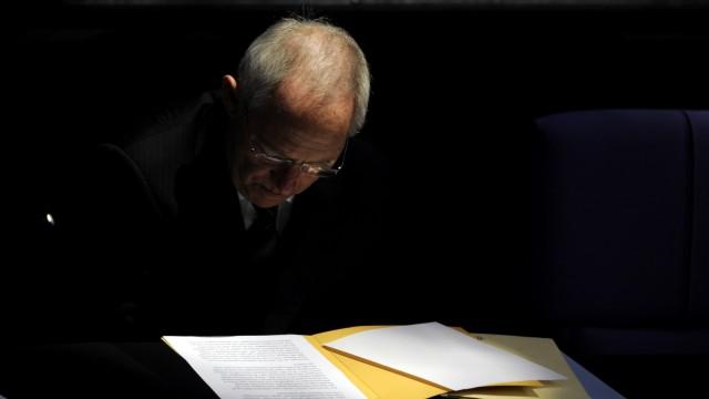 Steuerzahlerbund kritisiert Schaeuble-Plaene fuer Nachtragshaushalt 2012