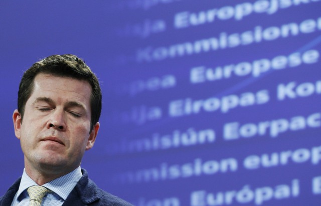 Former German Defence Minister zu Guttenberg attends a joint news conference in Brussels