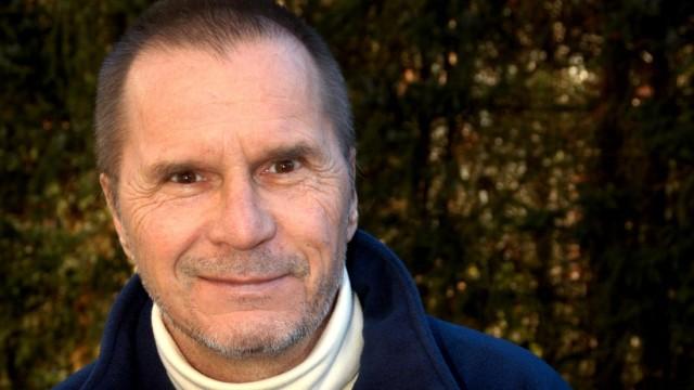 Cartoonist Uli Stein wird mit Schweizer Sonderbriefmarke geehrt