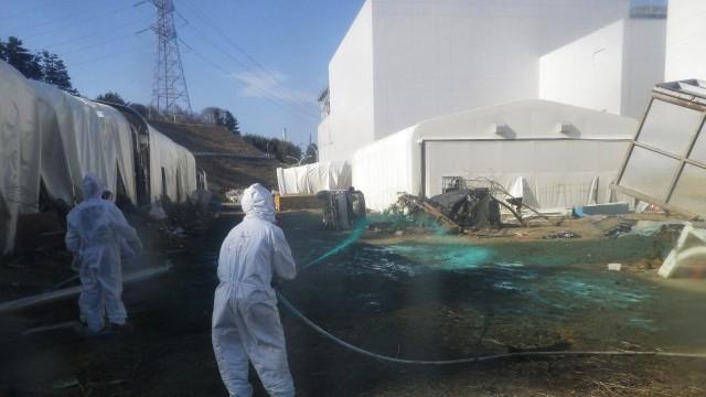 Bericht zur Atomkatastrophe in Fukushima: Tepco-Mitarbeiter sollen einem Expertenbericht zufolge nicht ausreichend für Notlagen wie die Tsunami-Katastrophe ausgebildet gewesen sein.